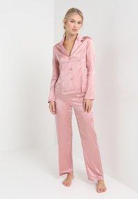 La Perla - LONG PAJAMAS SHORT VERSION SET - Pyjama set - pink powder - 1
