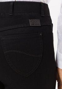 BRAX - STYLE LAVINA - Slim fit jeans - black - 3
