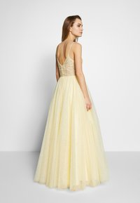 Mascara - Společenské šaty - lemon - 2