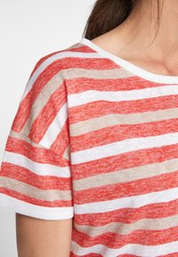 comma casual identity - Print T-shirt - red stripes - 4