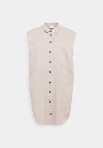 NMALMA CAPSLEEVE DRESS  - Skjortekjole - chateau gray