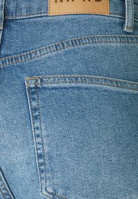 NA-KD - MOM - Jeans Tapered Fit - light blue - 6