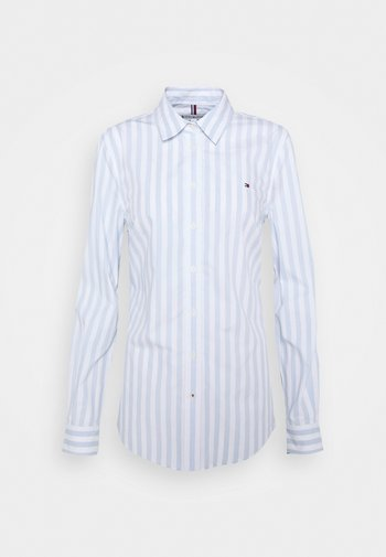 REGULAR SHIRT - Button-down blouse - banker/breezy blue