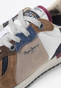 Pepe Jeans - TINKER PRO SUMMERLAND - Sneakersy niskie - sand - 5