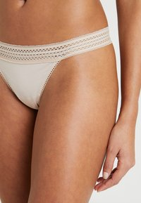 DKNY Intimates - CLASSIC COTTON - String - nude - 5