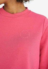 Noisy May - NMLUPA LOGO - Sweatshirt - carmine - 3