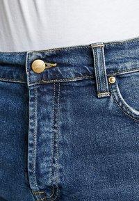 Carhartt WIP - KLONDIKE MILLS - Džíny Straight Fit - blue stone - 6