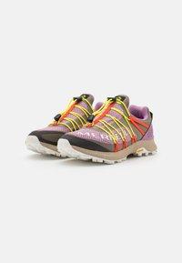 Merrell - LONG SKY SEWN - Běžecké boty do terénu - brindle - 1