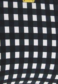 O'Neill - CAPRI BONDEY FIXED SET - Bikini - black/white - 5