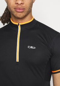CMP - MAN BIKE - T-Shirt print - nero/orange