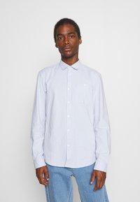 TOM TAILOR DENIM - OXFORD - Formal shirt - light blue white oxford - 0