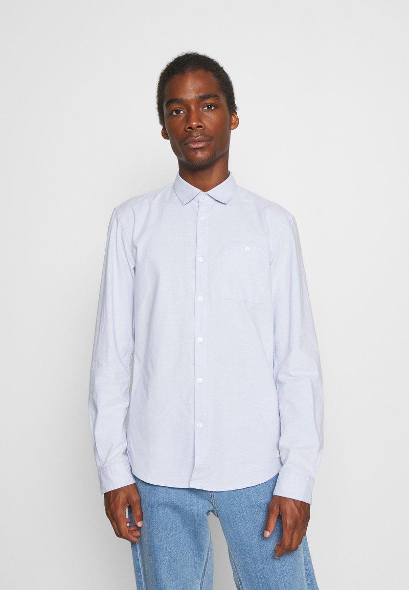 TOM TAILOR DENIM - OXFORD - Formal shirt - light blue white oxford