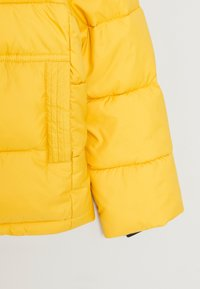 Calvin Klein Jeans - ESSENTIAL PUFFER JACKET - Zimní bunda - yellow - 3