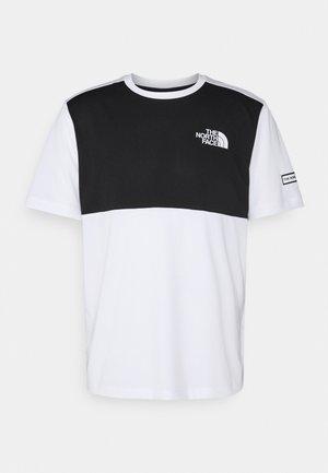 HYBRID TEE - Camiseta estampada - white/black
