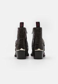 Jeffery West - SIXX WESTERN BUCKLE UNISEX - Kovbojské/motorkářské boty - black - 2