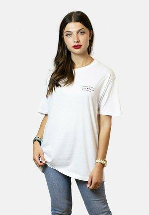 BRUTAL - T-shirt print - white