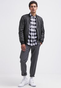 Dickies - 873 SLIM STRAIGHT WORK  - Chinos - charcoal grey - 1