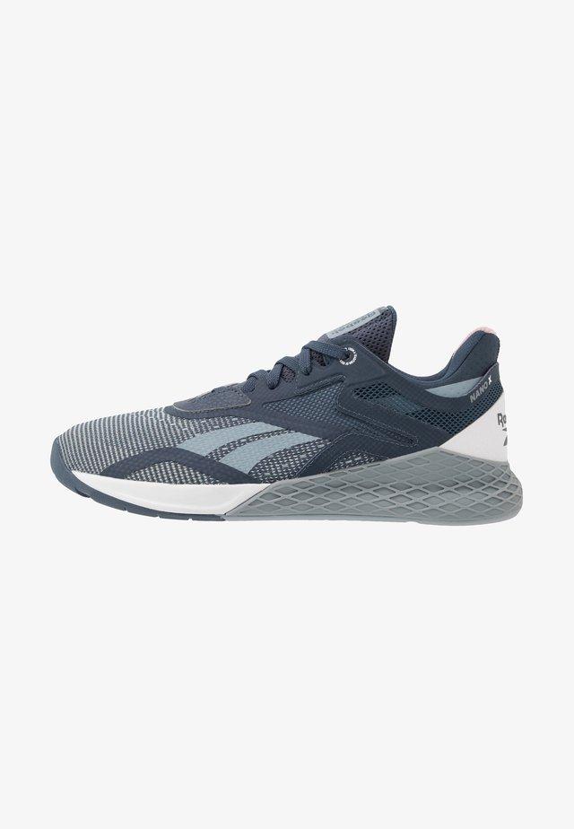 NANO X - Chaussures d'entraînement et de fitness - metallic grey/indigo/white