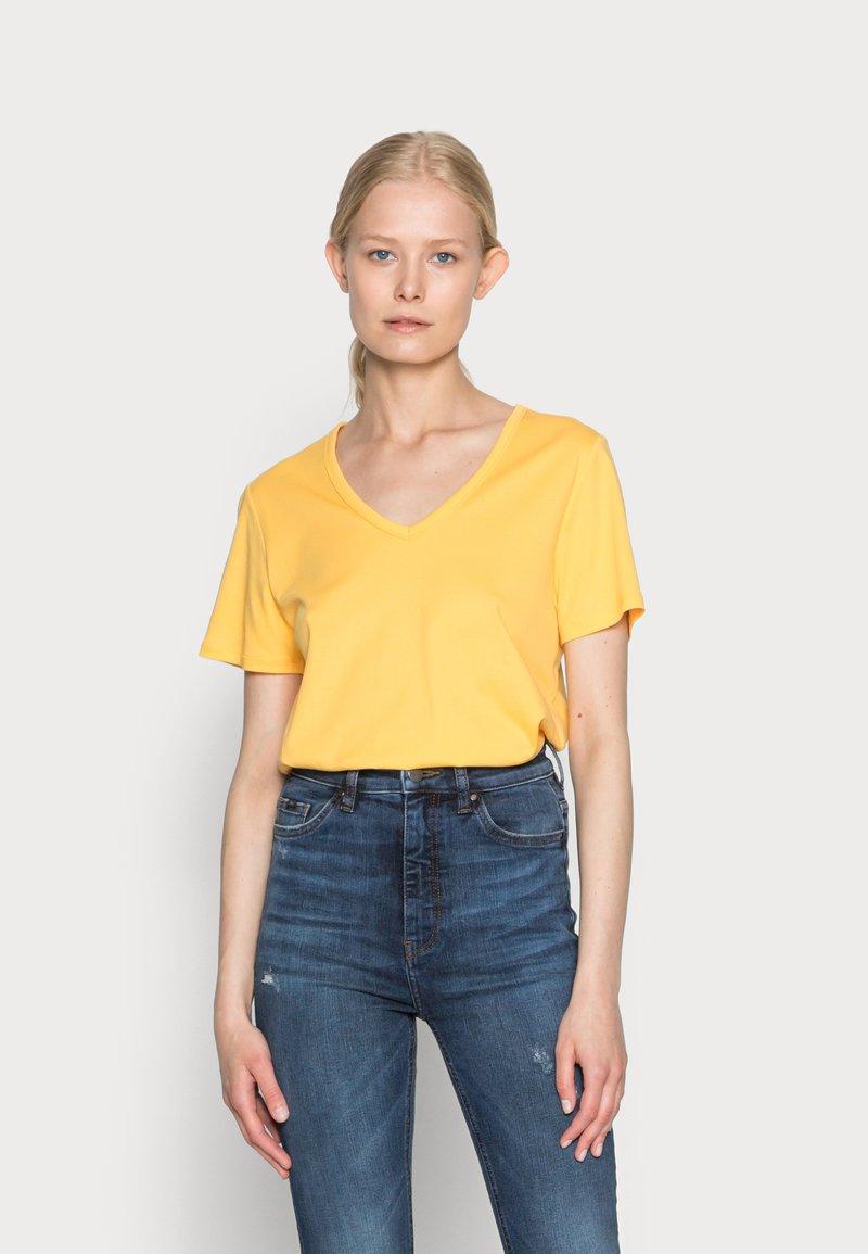 s.Oliver - Basic T-shirt - sunset yellow