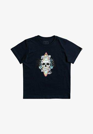 NIGHT SURFER - Print T-shirt - navy blazer