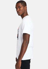 Timberland - Print T-shirt - white - 3