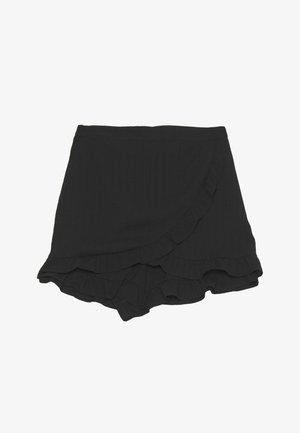 LOLA SKYE RUFFLE DETAIL SKORT - Shorts - black