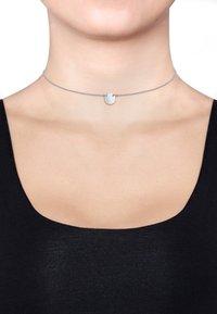 Elli - Kreis Plate - Necklace - silver-coloured - 1