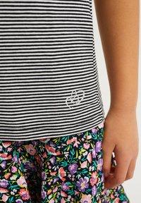 WE Fashion - T-shirt print - black - 2