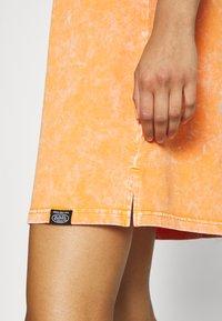 Von Dutch - KENDALL - Jersey dress - orange - 6