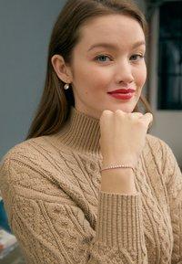 Swarovski - BELLA - Boucles d'oreilles - rose gold-coloured/transparent - 5