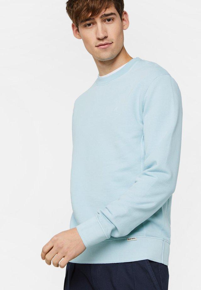 Collegepaita - light blue