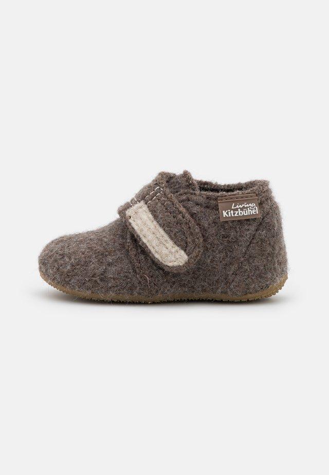 UNISEX - Domácí obuv - hellbraun