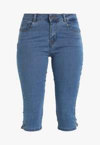 Vero Moda - VMHOT SEVEN SLIT KNICKER MIX - Denim shorts - medium blue denim - 4