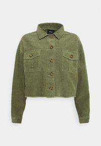 BUTTON SHACKET - Summer jacket - oil green