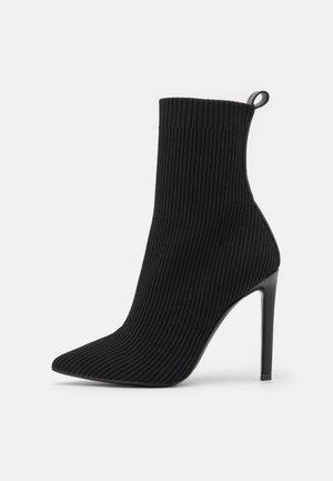 DOLER - Kotníkové boty - black
