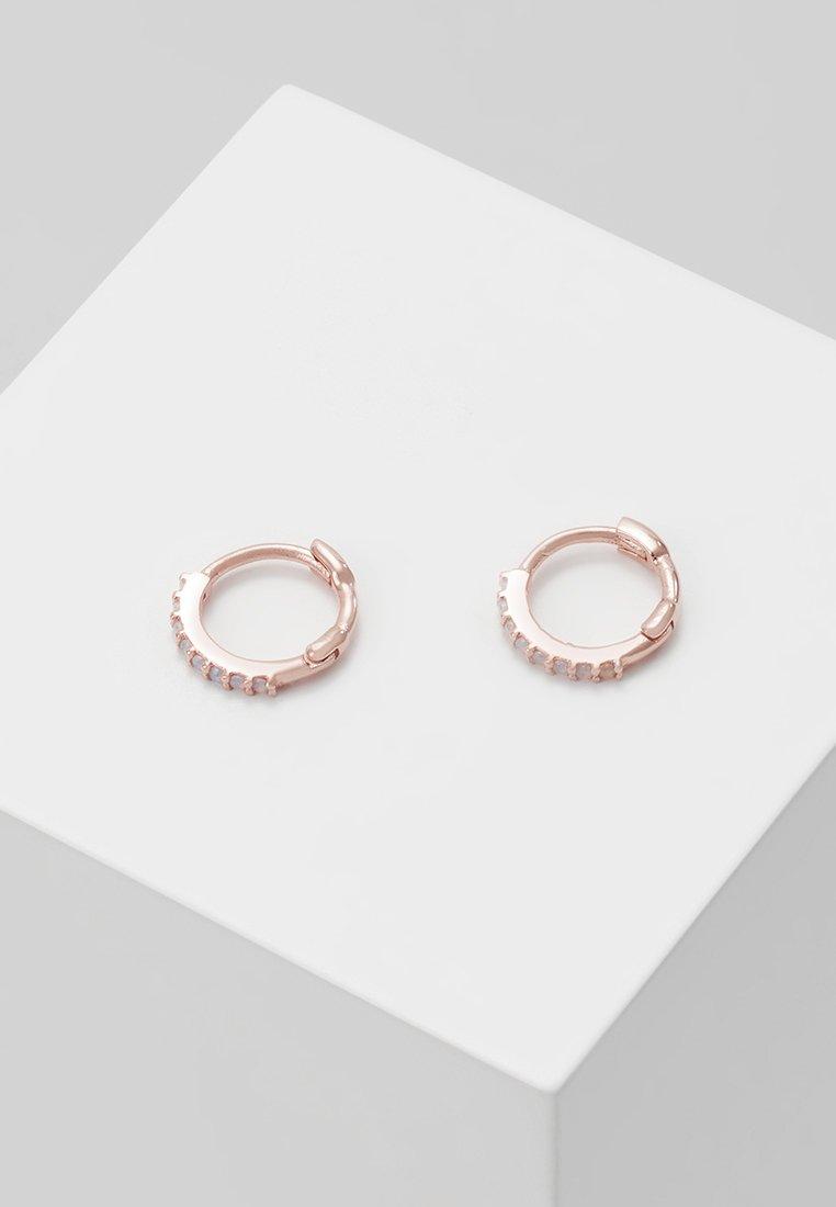 Astrid & Miyu - MYSTIC HUGGIES - Earrings - rosegold-coloured
