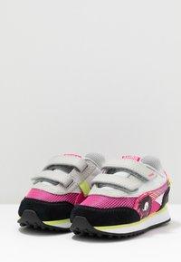 Puma - SEGA FUTURE RIDER V - Trainers - glowing pink/black - 3