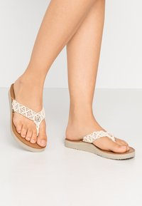 Tommy Hilfiger - TROPICAL BEACH - Flip Flops - ivory - 0