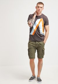 INDICODE JEANS - MONROE - Shorts - army - 1