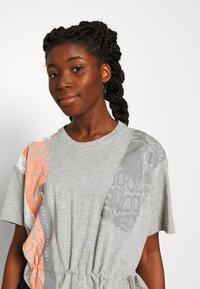 adidas by Stella McCartney - GRAPHIC TEE - Print T-shirt - grey - 3