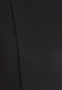 Anna Field - Jednoduché triko - black - 2