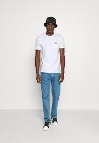 Ellesse - MELEDO - T-shirts basic - white - 1