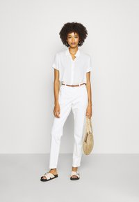 comma - Chinos - offwhite - 1