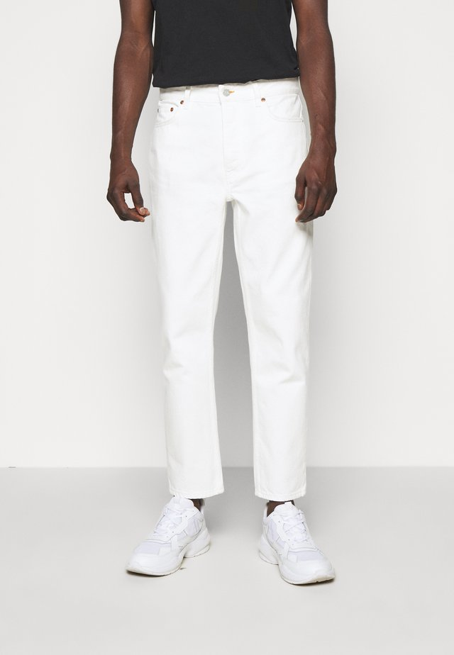 BEN - Jeans Relaxed Fit - tinted white