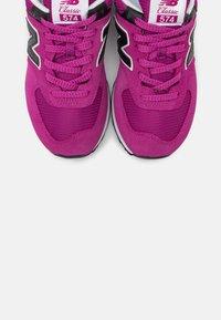 New Balance - WL574 - Trainers - purple - 5