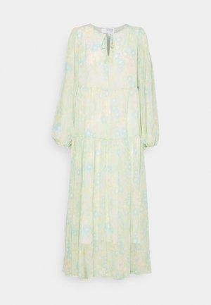 SLFGEORGIA DRESS - Maxi dress - young wheat