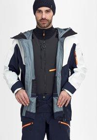Mammut - Ski jacket - marine-bright white - 3