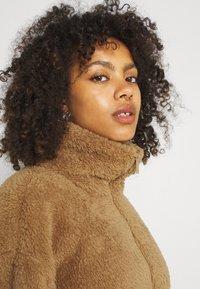 Vero Moda - VMFILLY   - Fleece jumper - brown - 3