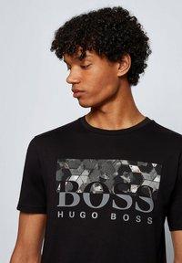 BOSS - TEALLY - T-shirt print - black - 3