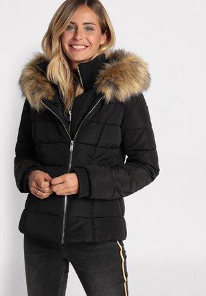 TAILLIERTE DAUNENJACKE MIT KAPUZE - Winter jacket - noir